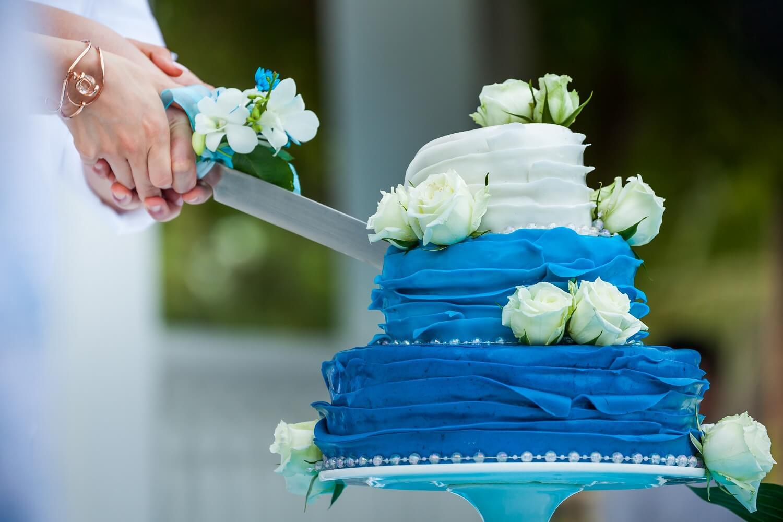 「ケーキ入刀」のはじまりと基本的な手順