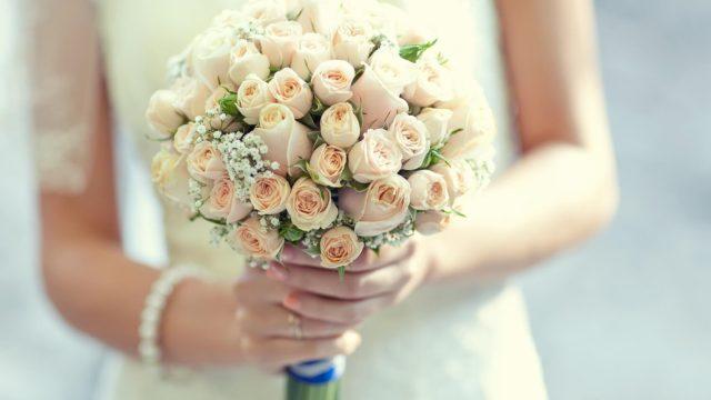結婚式の定番「ウェディングブーケ」