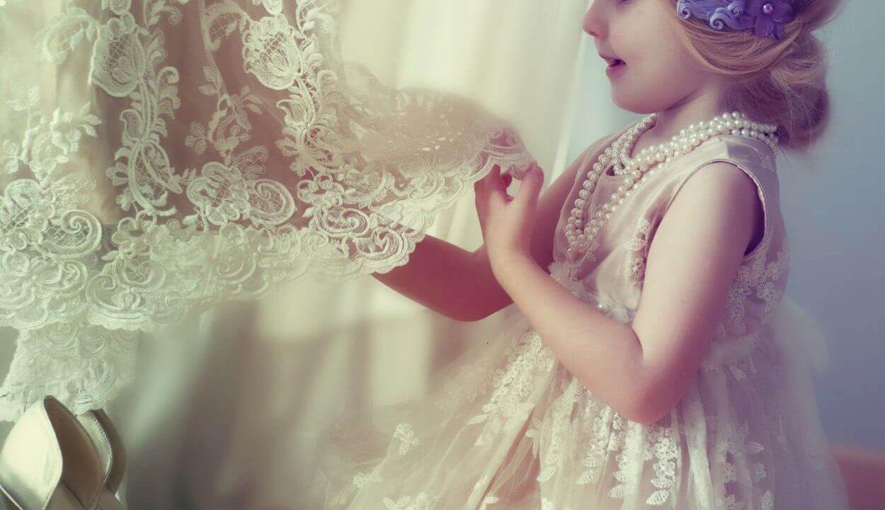 結婚式を彩る小さな天使 ベールガール・ベールボーイとは?